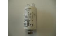 Condensator 6 uF aansluiting 2x2 stekkers